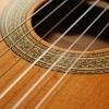 Jak wybra� struny do gitary klasycznej?