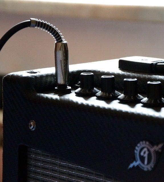 Jak wybrać wzmacniacze i kolumny do gitar elektrycznych?
