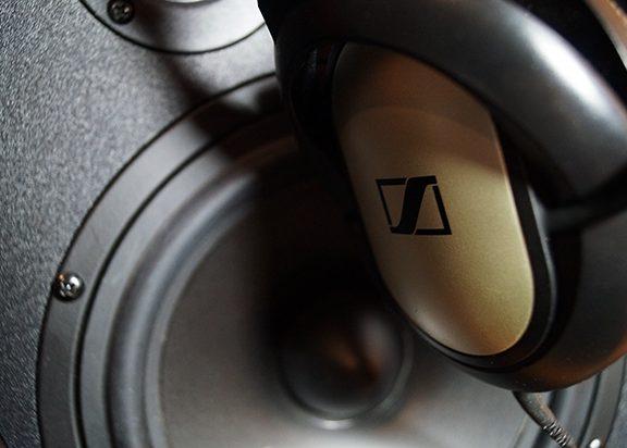 Miksowanie na słuchawkach