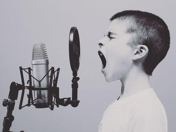 Gdy nasze dziecko interesuje się muzyką – poradnik dla rodzica