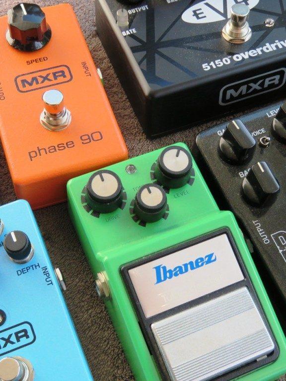 Fuzz, distortion, overdrive – różnice w brzmieniu przesterów
