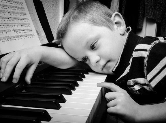 Dziesięć sposobów na zachęcenie dziecka do dalszej nauki gry