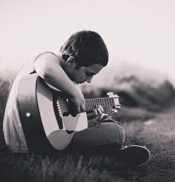 Tania gitara klasyczna do nauki