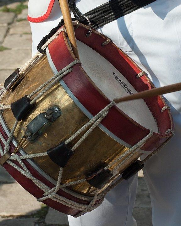 Podział instrumentów perkusyjnych. Jakie są instrumenty perkusyjne?