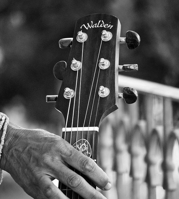 Jak ćwiczyć na gitarze?