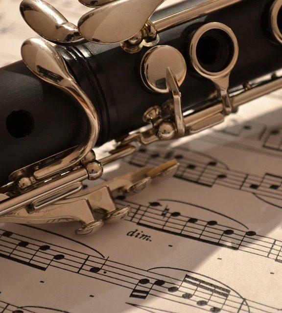 Klarnet, rozpoczęcie nauki – częśc 2 – Pierwsze ćwiczenia na klarnecie.