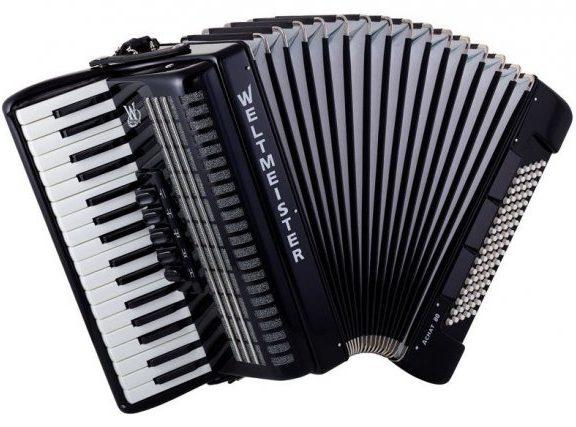 Akordeony. Guziki czy klawisze?
