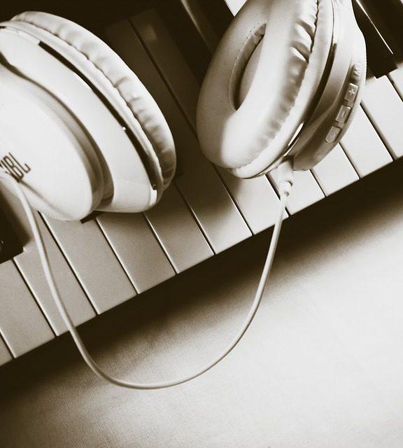 DIY Budowa własnego wzmacniacza słuchawkowego. Podstawy.