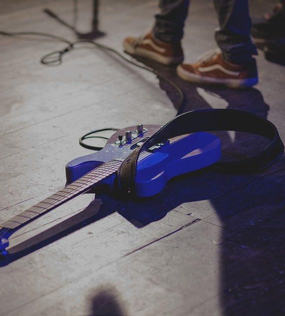 Pomysł na muzyczny prezent – upominek dla gitarzysty