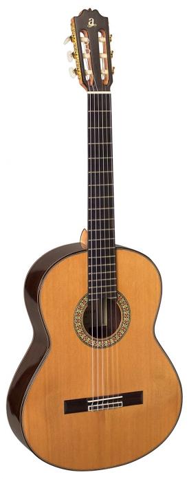 Admira A15 gitara klasyczna