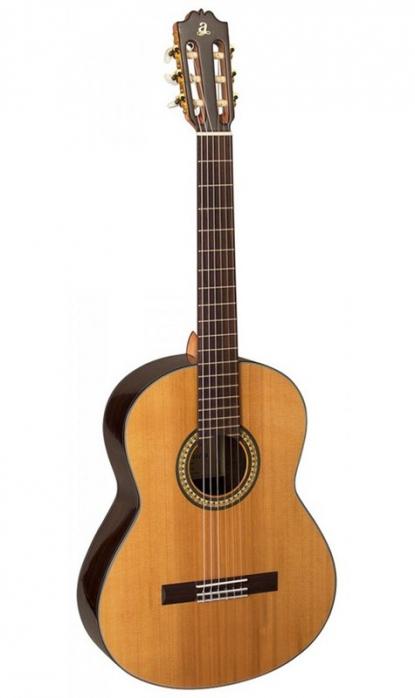 Admira A5 gitara klasyczna