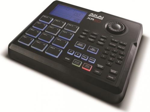 AKAI XR20 automat perkusyjny