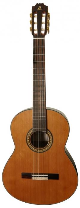 Admira A4 gitara klasyczna