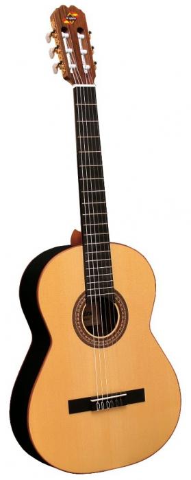 Admira Sombra gitara klasyczna