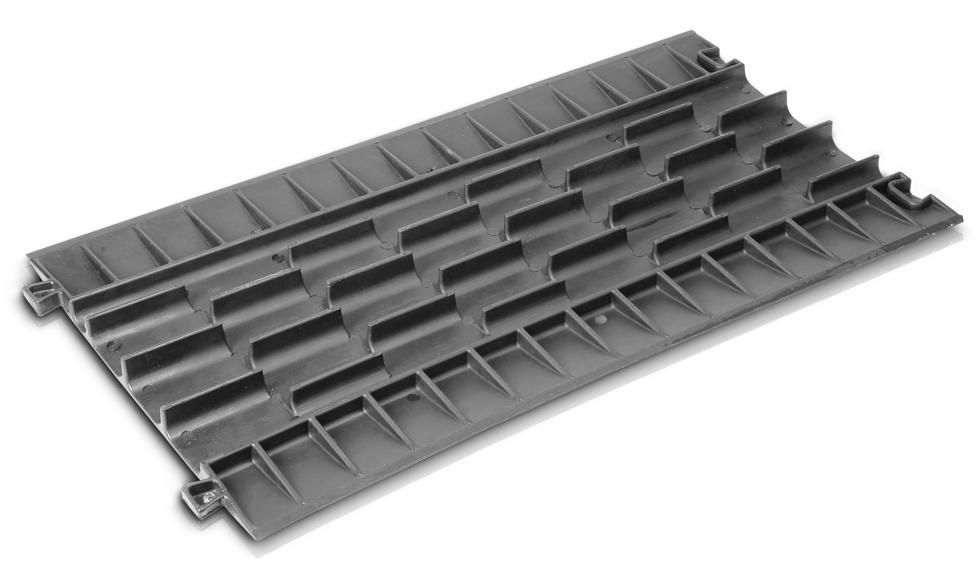 Adam Hall 85100 Defender Compact Najazd Kablowy 7 Kanał 243 W
