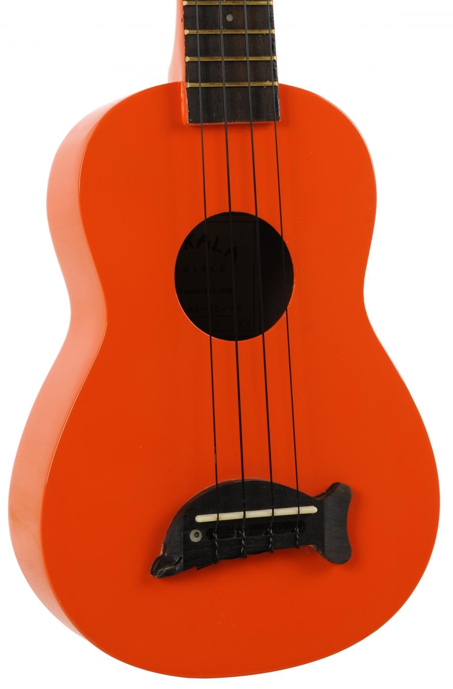 how to play the makala ukulele
